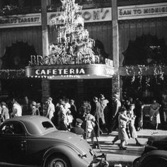 Disney Engineer's Photos Show Working Class Los Angeles In The 1930s And 1940s: LAist