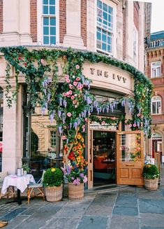 York, St Helen's Square - New Ideas The Places Youll Go, Places To Go, Northern Italy, Jolie Photo, Travel Aesthetic, Dream Vacations, Aesthetic Pictures, Future House, Beautiful Places