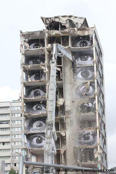Urban art, all eyes on you