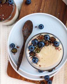 Tiramisu Vegan Tiramisu, Cheer Me Up, Blueberries, Food Styling, Acai Bowl, Healthy Lifestyle, Food Photography, Vegan Recipes, Jar