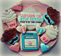 Cupcake or Muffin???   Flickr - Photo Sharing!