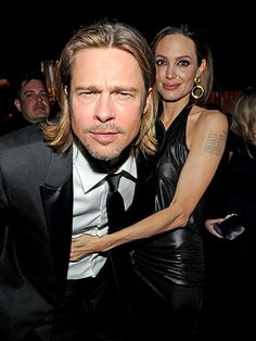 Brad Pitt and Angelina Jolie Brad And Angie, Brad Pitt And Angelina Jolie, Jolie Pitt, Photographie Street Art, Cinema, Famous Couples, Star Wars, Thing 1, Classic Hollywood