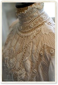 Victorian Lace Blouse with High, Crocheted Neck . Edwardian Clothing, Edwardian Dress, Antique Clothing, Edwardian Fashion, Victorian Blouse, Historical Clothing, Vintage Fashion, Victorian Lace, Antique Lace