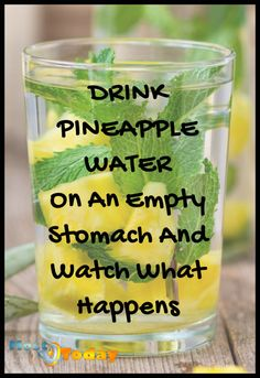Drink Pineapple Water On An Empty Stomach And Watch What Happens to your body in just 1 week! Pineapple is very effective in eliminating accumulated fat from the body and removing harmful toxins in less time than it would take diet pills. Weight Loss Detox, Weight Loss Drinks, Diet Drinks, Healthy Drinks, Beverages, Healthy Juices, Healthy Smoothies, Pineapple Detox, Pineapple Water Recipe