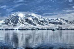 """""""La Antártida fue el principio de todo y será el principio del Final del Tiempo Alternativo. Desde allí habrá de surgir de nuevo la presencia crística del maestrode maestros, aquel que conectó la…"""