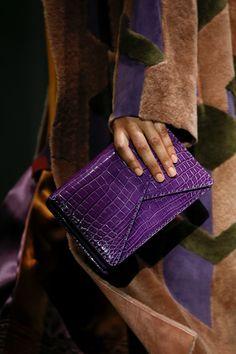 The complete Bottega Veneta Fall 2018 Ready-to-Wear fashion show now on Vogue Runway.