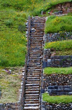 Inca Stairs. Perú