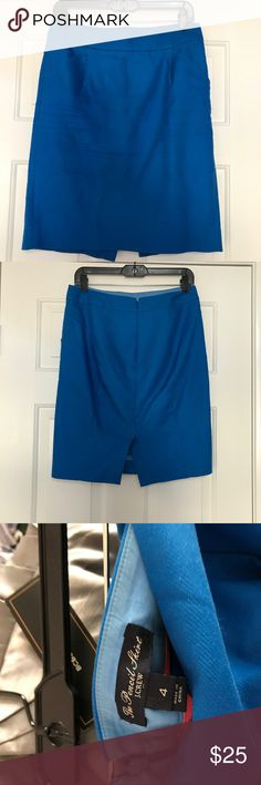 "J Crew Blue Career Work Skirt with Pockets Size 4 but fits like a regular size 6 (in my opinion) or a medium depending on the brands you usually wear.  30"" waist 21"" length. I have the exact same skirt in black and green in my closest same size if you are interested. I am a stay at home mom now so I'm just selling all my old work clothes. Still in great condition. J. Crew Skirts Pencil"
