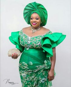 Check out these Ravishing Asoebi styles we have for you today for you to wear and be unique as a wedding guest. Best African Dresses, African Lace Styles, African Fashion Ankara, Latest African Fashion Dresses, African Print Fashion, African Clothes, Ankara Styles, African Wedding Attire, African Attire