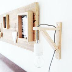 Luces de cama hechas con baldas./ Lights bed made with shelves. #recycledesign