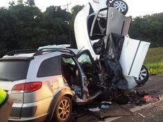 #News  Carros batem de frente, e quatro pessoas morrem na BR-277