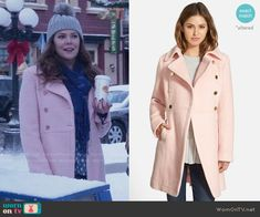 Lorelai's pink coat on Gilmore Girls: A Year in the Life.  Outfit Details: https://wornontv.net/62594/ #GilmoreGirls