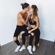 Jay alvarrez y Alexis ren Cute Relationships, Relationship Goals, Relationship Pictures, Couple Photography, Amazing Photography, Parejas Goals Tumblr, Jay Alvarrez, Couple Shots, Cute Poses