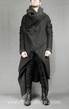 Visions of the Future: SIMONA TAGLIAFERRI WMD10 Wool coat with double layer 80% wool 20% PL