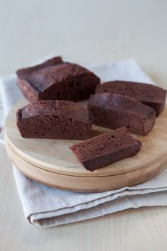 Epicure's 5-Minute Silicone Steamer Chocolate Snack Cake