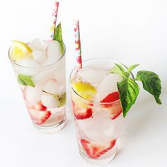 4 Detox Water Recipes That Will Give You a Flatter Stomach via @ByrdieBeautyUK