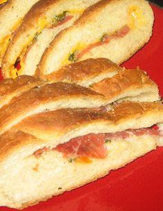 Kjøkkenkroken: Brød med ost, parmaskinke og urter