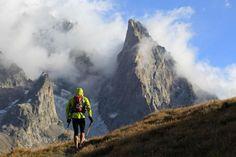 27/08/2011-UTMB-Arête du Mont Favre (ITA)  © The North Face® Ultra-Trail du Mont-Blanc®-Franck Oddoux