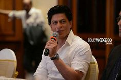 @Omg SRK Launches Documentary Film On His IPL Cricket Team @Kolkata Knight Riders On Discovery Channel