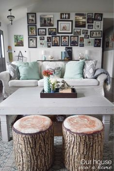 Coastal style living room decor ideas for the home. 10 living and family room blogger home ideas! DIY, craft and simple decorating tips to create your dream space on any budget!
