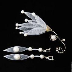 """Купить Брошь """"Фея"""" - белый, брошь, брошь ручной работы, брошь цветок, ювелирная сетка"""