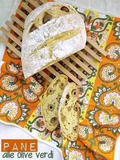 I biscotti della zia: Pane alle olive verdi