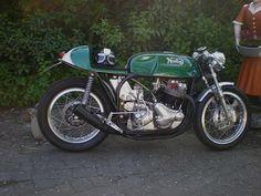 Norton Cafe-Racer