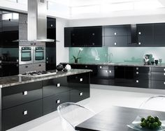 Black-Kitchen-Cabinets-