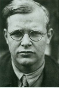 Dietrich Bonhoeffer A leader against the Nazi movement and a Reformed (Lutheran Pastor) in Germany who was executed for his part in a plot against Hitler. Dietrich Bonhoeffer, Dr Oz, Von Stauffenberg, The Cost Of Discipleship, Lutheran, Persecution, In This World, Sons, Pastor