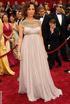 Jennifer Lopez in Marchesa, The Oscars, 2007