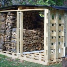 pallet house for wood storage