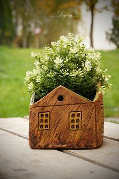 Pottery Houses, Pots, Ceramic Pottery, Reusable Tote Bags, Clay, Ceramics, Polymers, Bird, Hobbit