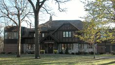 Charles Hanford MacNider Museum is in  Mason City, Iowa.