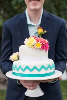 Incredible chevron and floral wedding cake  | www.onefabday.com