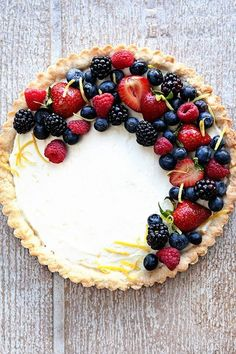 Lemon Berry Mascarpone Tart – My Baking Addiction posted by Allison on June 7, 2017 A Lemon Berry Mascarpone Tart is a simple, delicious way to show off all the season's best berries. A creamy mascarpone filling, a hint of fresh lemon, and four kinds of berries, all on top of a sweet shortbread crust! This post was written by MBA contributor, Allison […] http://thedirtygyro.com/lemon-berry-mascarpone-tart-my-baking-addiction/