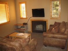 Cracklin' fires and relaxing livingroom...who could ask for anything more? Call 509-687-Tims (8467) or visit http://www.chelanrentals.com/reservations/ to reserve your Cabin.