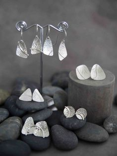 Sterling Silver Embellished Embossed Earrings by KMallaby on Etsy - Silberschmuck, Metal Clay Jewelry, Sea Glass Jewelry, Crystal Jewelry, Pendant Jewelry, Gemstone Jewelry, Diamond Jewelry, Argent Sterling, Schmuck Design, Jewellery Display