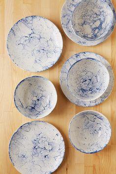 steinzeug teller in gr n keramik geschirr handgemacht keramik teller set steinzeugteller gr n. Black Bedroom Furniture Sets. Home Design Ideas