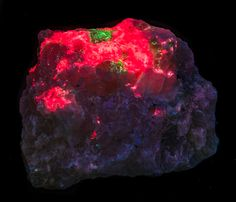 Tugtupite For Sale - e-Rocks Mineral Auctions