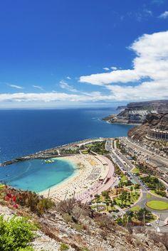 ☀ ZON? JA! Zeiden we in koor!   8 dagen Gran Canaria, je vliegt over twee weken!   Tapas aan de boulevard en sangria op het strand.. Ga jij ook de kou verruilen voor de hitte? ✈