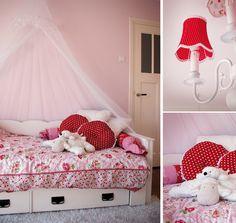 Meisjeskamer.  Girlsroom/Kidsroom