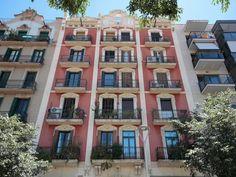 Big 4 bedroom apartment in Barcelona. € 439000
