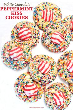 christmas cookies sprinkles Weihnachtspltzchen White Chocolate Peppermint Kiss Cookies are a white chocolate cookie with a peppermint kiss on top. It makes the perfect Christmas cookie complete with sprinkles! Kid Friendly Dinner, Kid Friendly Meals, Sprinkle Cookies, Sugar Cookies, White Chocolate Cookies, Chocolate Sprinkles, Strawberry Jam Recipe, Kiss Cookies, Peppermint Cookies