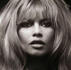 Dedicated to Brigitte Anne-Marie Bardot a French Actress, Model, Singer and Animal Rights Activist. Bridgitte Bardot, French Actress, Belle Photo, Old Hollywood, Hollywood Glamour, Classic Hollywood, Marilyn Monroe, Movie Stars, Divas