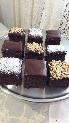 Cake Receipe, Dessert Cake Recipes, Passover Desserts, Passover Recipes, Coconut Recipes, Baking Recipes, Mini Cakes, Cupcake Cakes, Chocolate Deserts