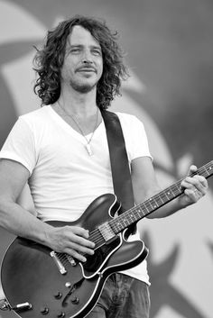Chris Cornell - Audioslave and Soundgarden Chris Cornell, Beautiful Men, Beautiful People, Beautiful Lyrics, Beautiful Voice, Beautiful Person, Say Hello To Heaven, Temple Of The Dog, Cat Stevens