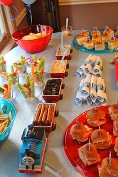 "Thomas the train birthday party food holders"" data-componentType=""MODAL_PIN Thomas Birthday Parties, Thomas The Train Birthday Party, Trains Birthday Party, Train Party, Birthday Fun, Birthday Party Themes, Birthday Ideas, 2 Year Old Birthday Party, Birthday Table"
