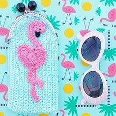 Retrouvez cet article dans ma boutique Etsy https://www.etsy.com/fr/listing/398264353/etui-a-lunettes-flamingo-flamand-rose-au