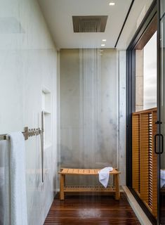 Extraordinary Mansion Architecture Idea with Memorable Ocean View: Sensational Shower Room Interior In Daniels Lane Residence Home With Wood. Bad Inspiration, Bathroom Inspiration, Dream Bathrooms, Beautiful Bathrooms, Luxury Bathrooms, Chic Bathrooms, Interior And Exterior, Interior Design, Design Interiors
