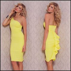 One Shoulder Frilled Back Midi Dress in pink or yellow  Item No. : Pink - DP2269-1; Yellow - DP2269-2  Price : $31.99 (Was $44.99!)  Size S/M only available.   #shipworldwide #diepretty #dieprettyvan #dieprettyvanisland #dieprettyclothing #dieprettyclothingco #vancouver #girl #model #ootd #cute #photooftheday #love #alberta #canada #clothing #clothes #ladies #woman #female #fitness  #beautiful #fashion #design #style #dress #instafashion #pretty #stylish #leggings  To order please email…